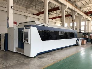 1500mmx3000mm Hot Sale och bra pris Fiber Laser Cutting Machine med 500W, 700W, 1000W Laser Source
