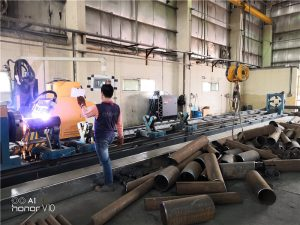 steel cutting machine alang sa fiber laser cutting metal pipe cutting aron ibaligya