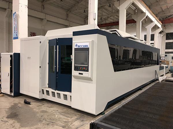सबसे अच्छा डिजाइन सीएनसी फाइबर धातु लेजर काटने की मशीन / लेजर कुंजी काटने मशीनों की कीमत