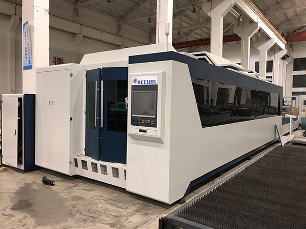 Desain terbaik cnc serat logam mesin laser cutting / harga mesin pemotong kunci laser