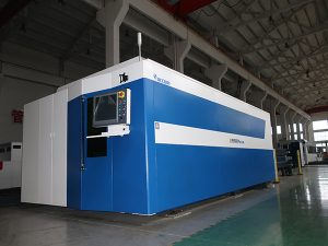 CNC Fiber Laser Cutting Machine 500w 700w 1000w 2000w 3000w 3000w Mild / Stainless / Carbon Steel
