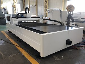 500W metal pipe fiber laser cutting machine