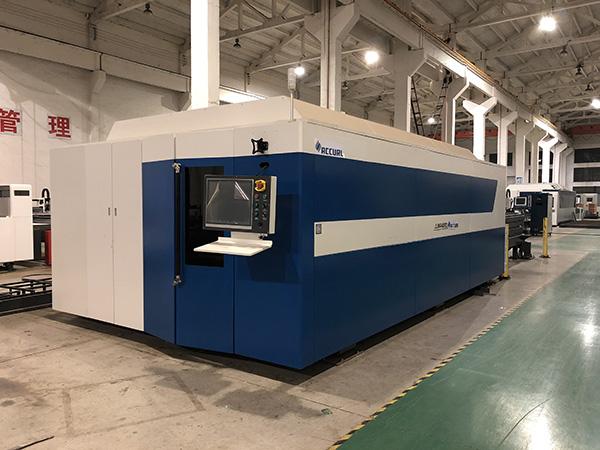 Laser cutter 500w fiber machine cutting stainless steel metal