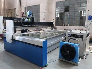 Gagmay nga CNC Water Jet Cutting Machine, Taas nga Pressure Water Jet: Marble, Granite, Glass, Ceramic, Metal