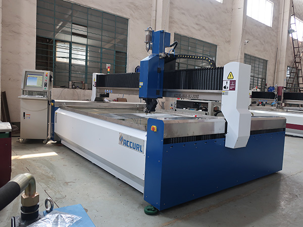 Waterjet snijmachine